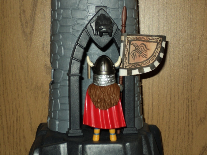 Playmobil Viking Flag Bearer2