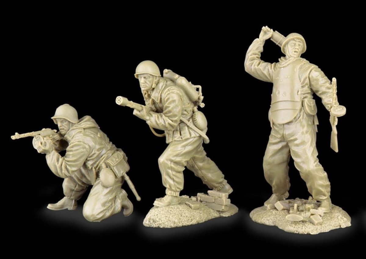 Plastic Platoon Red Army Assualt Troops1a