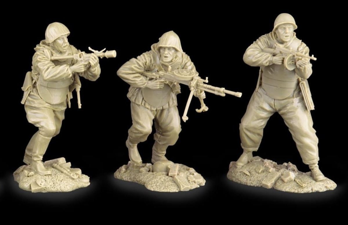 Plastic Platoon Red Army Assualt Troops1b