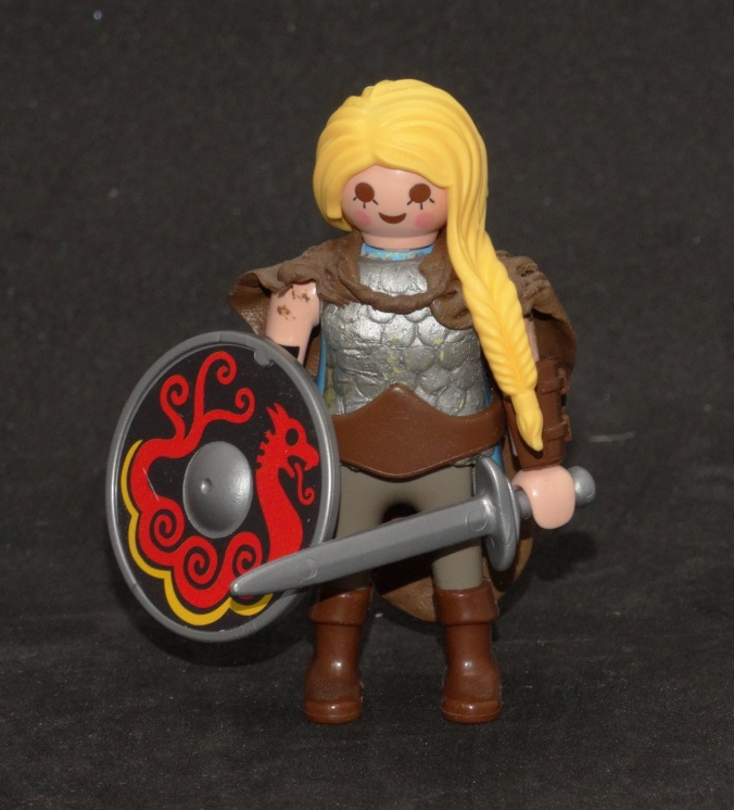 Playmobil Shield Maiden1d